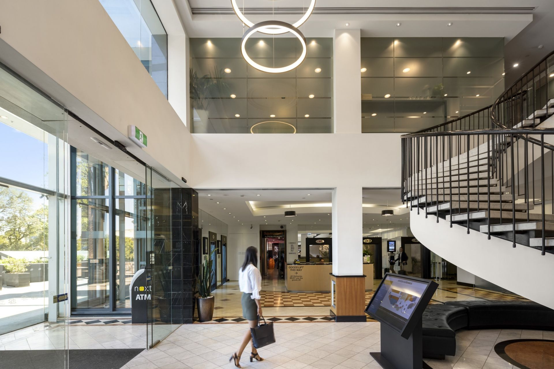 EXCELLENT OFFICE OPPORTUNITY ON THE CUFF OF THE CBD