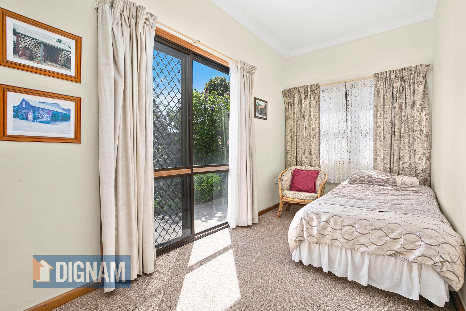 8 Corinda Road, Woonona NSW