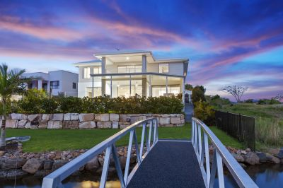 Sensational Waterfront Living, Direct Ocean Access