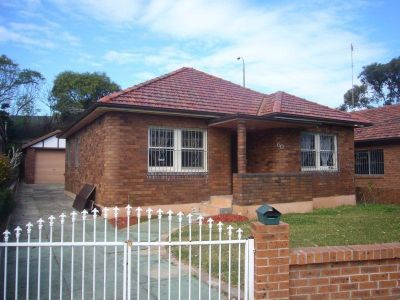 WELL PRESENTED 4BR FAMILY HOME!