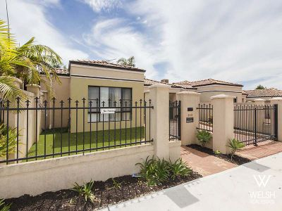 STREET FRONT AND IN A TOP END LOCATION!
