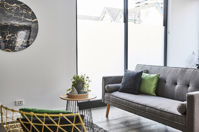 LUXURY IN ST KILDA✦MODERN 1-BED ENSUITE✦ALL INCLUDED✦FURNISHED✦WiFi✦NETFLIX✦PARKING✦PETS FRIENDLY✦2 WEEK BOND