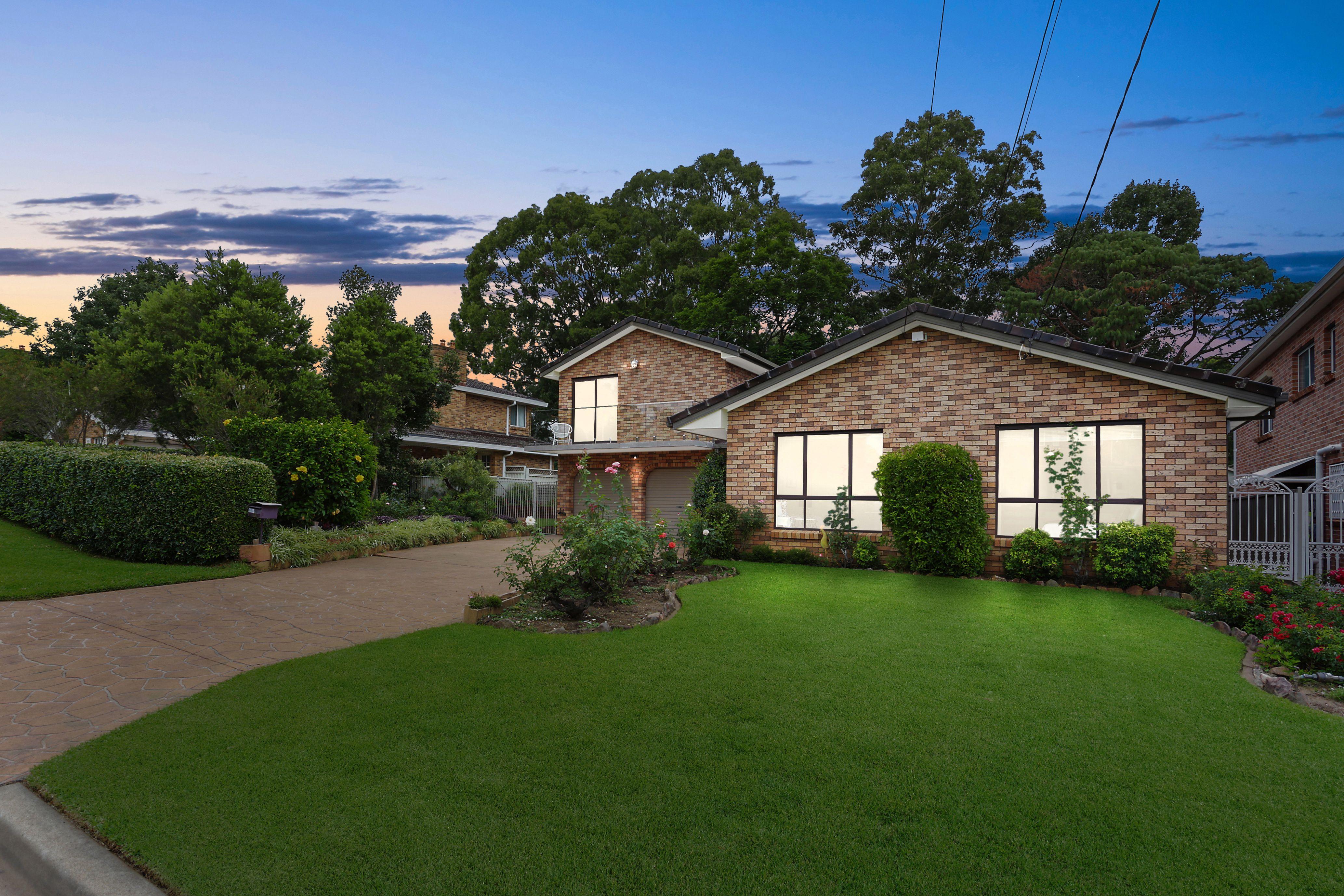 13 Keswick Street, Georges Hall NSW 2198