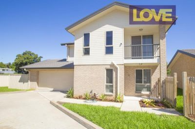 Large Modern Home - Offers Over $390 per week