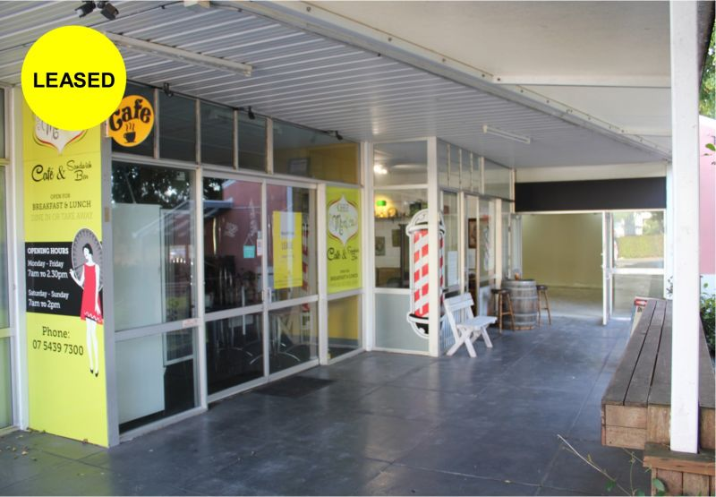 Commercial Café Space In The Heart of Golden Beach