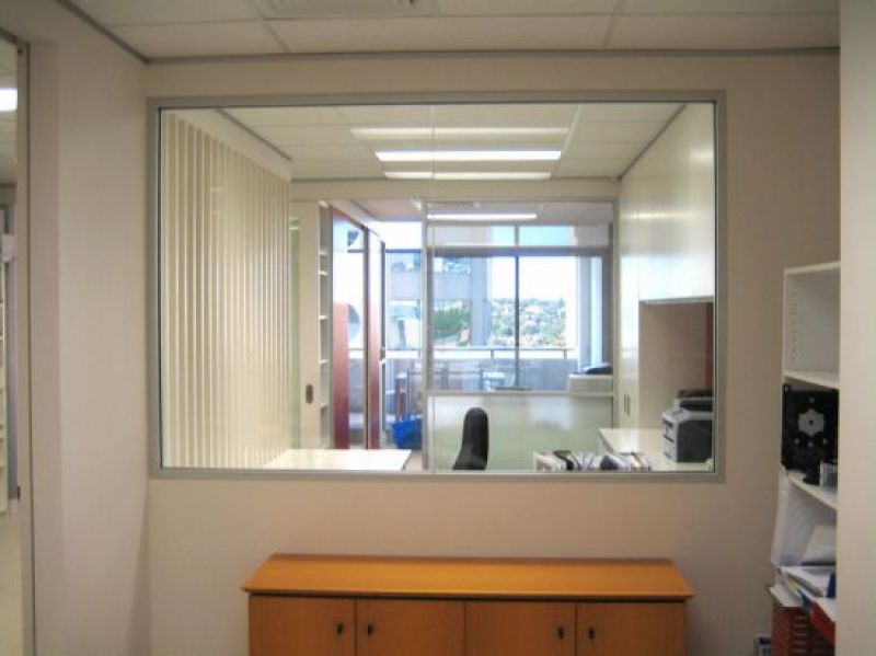 FULLY FURNISHED OFFICE WITH STUNNING FIT-OUT AND LARGE BALCONY!