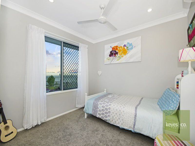 27 Marblewood Circuit, Mount Low