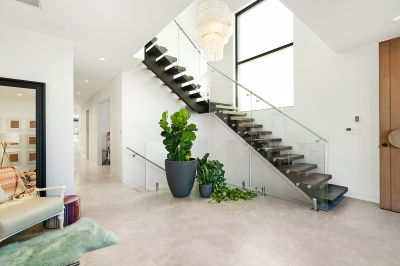 9a Blackwall Point Road, Chiswick
