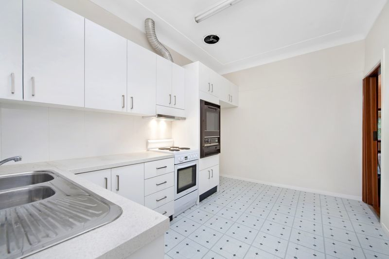 25 Glenarvon Street , Strathfield