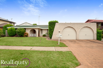 32 Ascot Drive, Chipping Norton