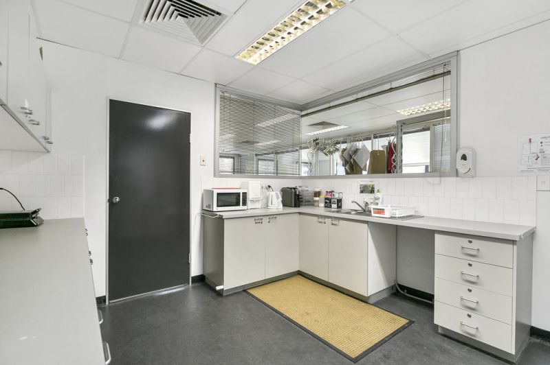 348SQM* WELL PRESENTED MURARRIE OFFICE SPACE