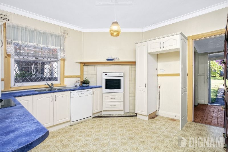 5a High Street, Corrimal NSW