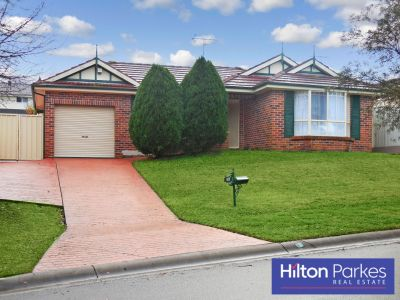 4 BEDROOM HOME WITH ENSUITE AND DUCTED AIR CONDITIONING!