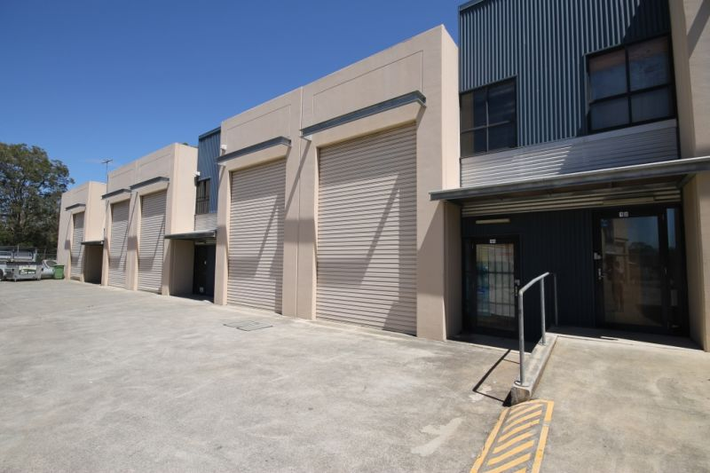 FOR LEASE - 100m2* Industrial Unit