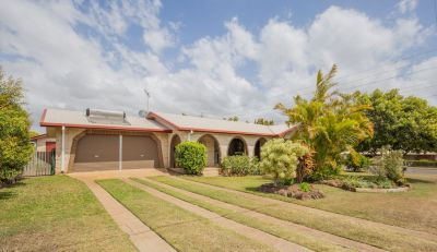 MODERNISED FAMILY BRICK HOME WITH 4 CAR ACCOM + AWESOME DECK!