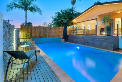 The WOW factor! Contemporary Urban Oasis.