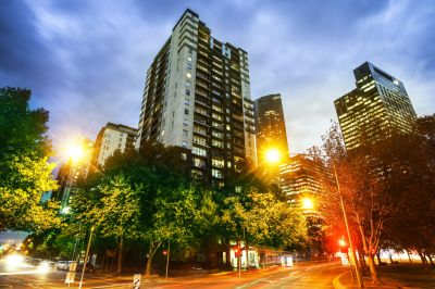 Southbank Condos: 16th Floor - Excellent Location!