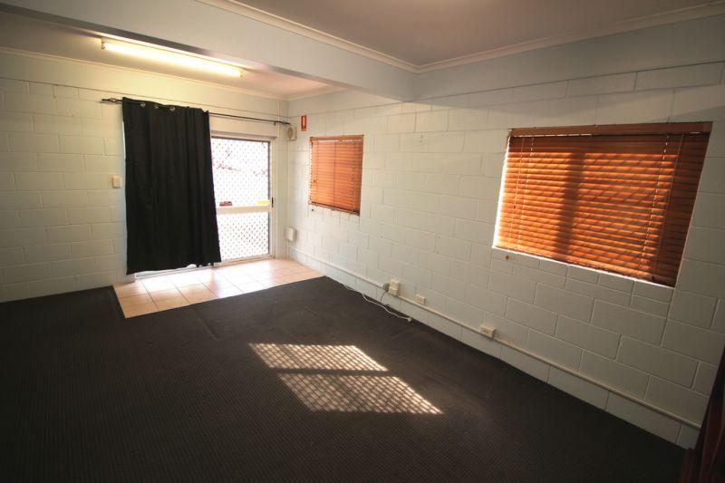 Scott Street For Lease - Ground Floor Office In Queenslander