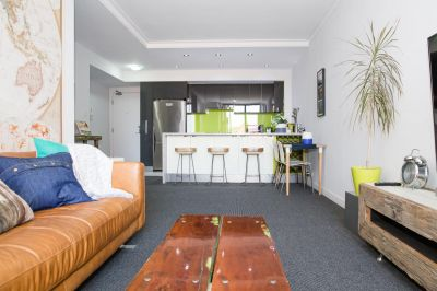 EXECUTIVE STYLISH ONE BEDROOM RESIDENCE IN ''THE COSMOPOLITAN' COMPLEX