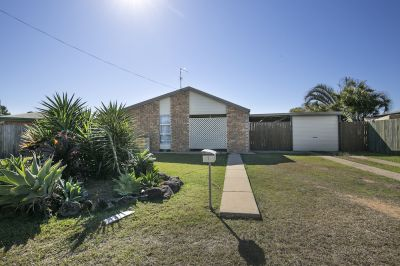3 BEDROOM BRICK HOME IN QUIET KEPNOCK CUL-DE-SAC!