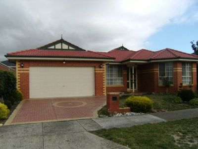 4 Bedroom Family Home, in the heart of Cairnlea!