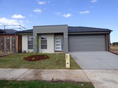 College Green Estate - BRAND NEW Family Home