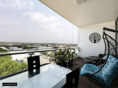 MGM MARTIN- Fully furnished 3 Bedroom Apartment