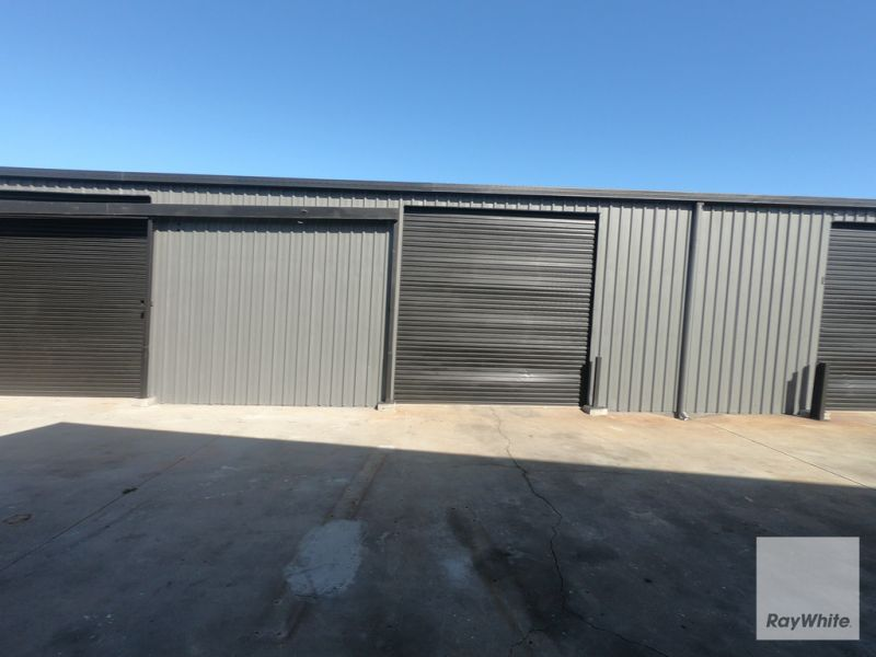 Stand Alone Warehouse Facility with Hardstand For Sale