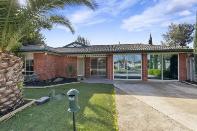 The Perfect Family Home In Hoppers Crossing's A1 Location
