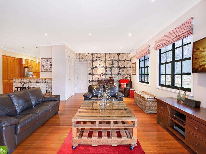 8 William Street, Keiraville NSW