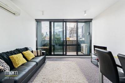 Exceptional Lifestyle Within Docklands
