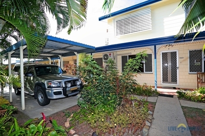 """""""BIG PRICE REDUCTION"""" NOW MAKES THIS A GREAT OPPORTUNITY TO INVEST IN THE TOWNSVILLE MARKET!! GREAT LOCATION!!"""