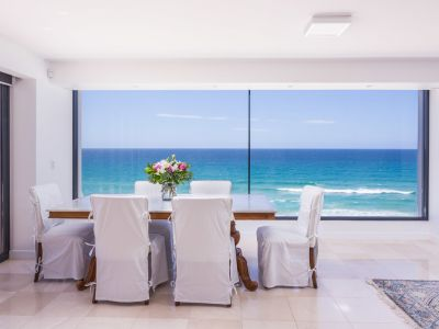Absolute beachfront penthouse with panoramic ocean views