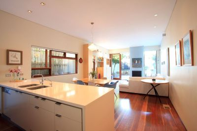 Fully Furnished Family Home With Pool