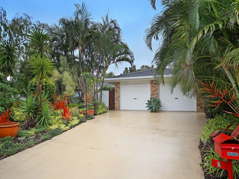 1 Ulah Court, Noosa Heads QLD 4567