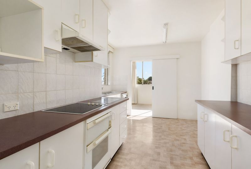 Oversized three bedroom apartment just moments away from Bondi Junction