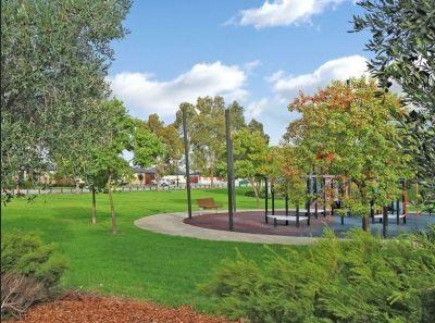 7 Yarra Promenade, Hammond Park