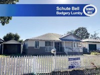 Fully renovated large 4 bedroom home!