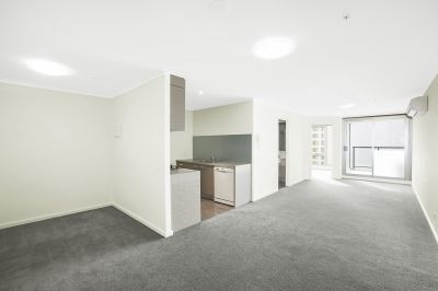 Cityside, 11th Floor - Open Living Near Flagstaff Gardens!