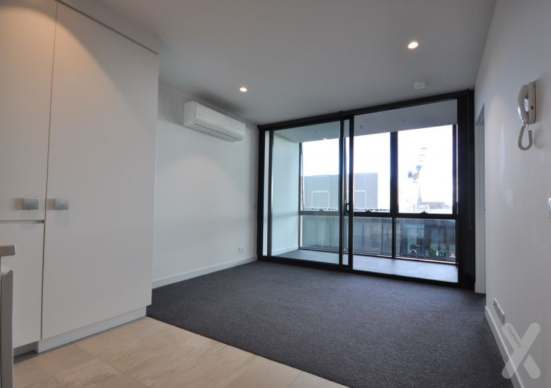 NEGOTIABLE - OXLEY APARTMENTS - One Bedroom Apartment with Secure Carpark
