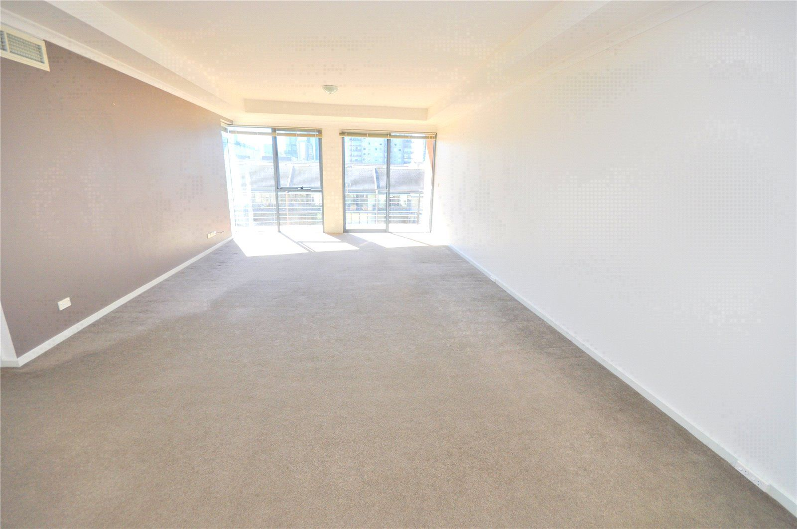 Southbank Royale: 6th Floor - Large Apartment with Fantastic City Views!
