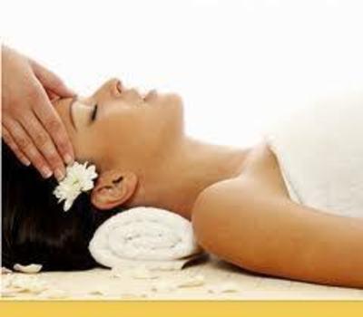 Massage Shop near Hoppers Crossing – Ref: 13731