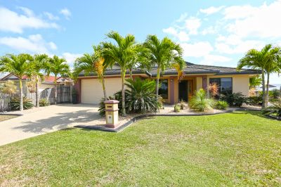 Perfect Family Entertainer with Huge Shed - MAKE AN OFFER!