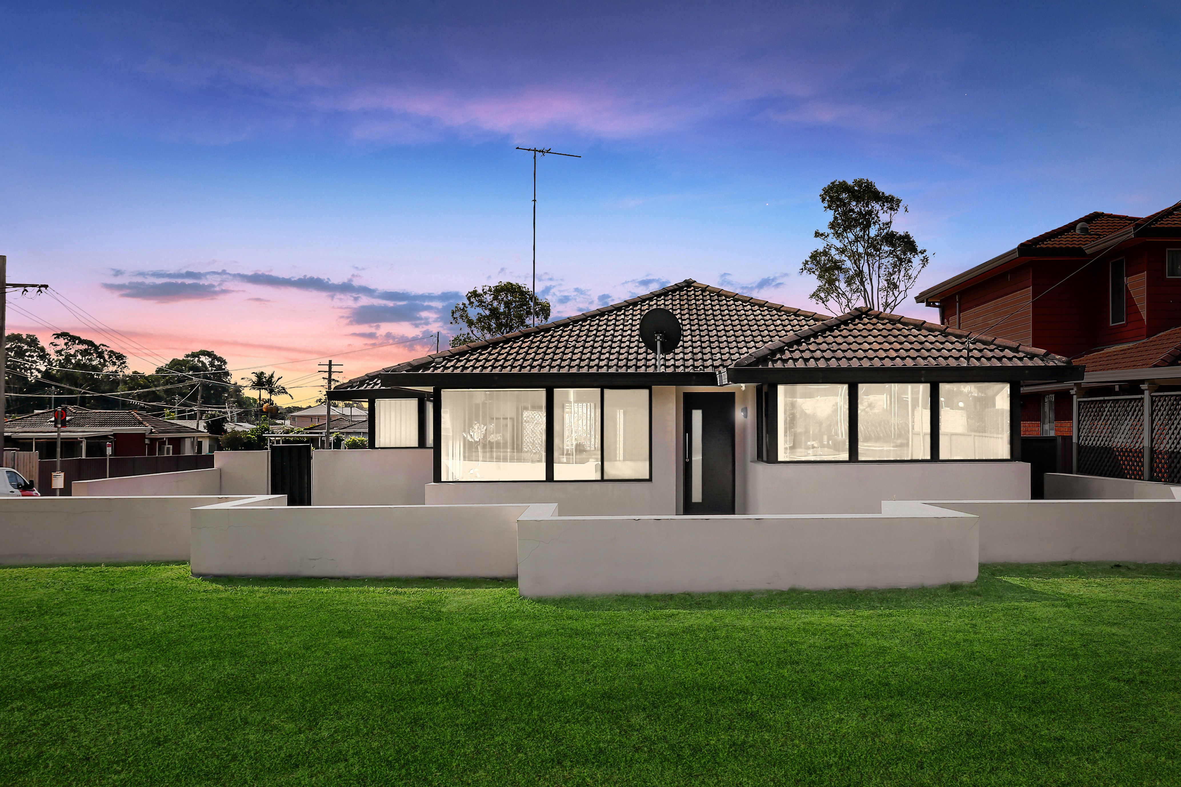 132 Rex Road, Georges Hall NSW 2198
