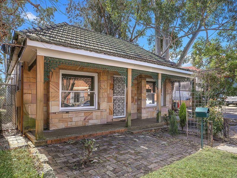 1 Moore Street, Sutherland NSW 2232