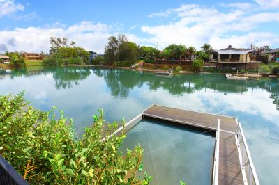 North Facing Waterfront Home - Prime Location