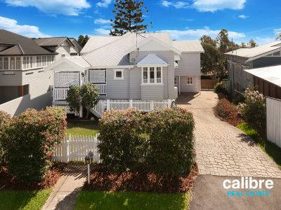 Exceptional Charm and Fantastic Size in the Heart of Ashgrove!