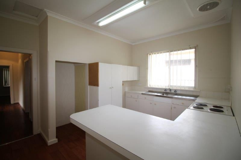 EASY ACCESS TO MANNING ROAD & FREEWAY