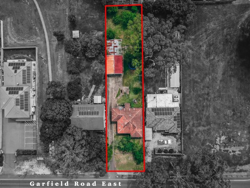 165 Garfield Rd East, Riverstone