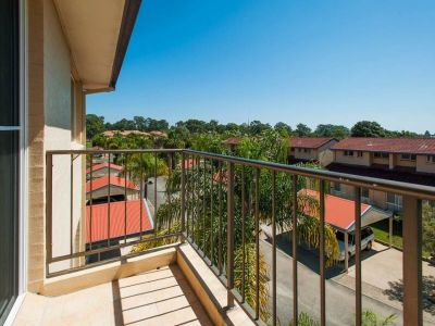 Neat & Tidy Apartment with Views in Pet Friendly Complex!